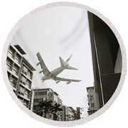 Landing In Hong Kong Round Beach Towel