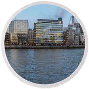 Large Panorama Of Downtown London Betwen The London Bridge And T Round Beach Towel