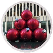 Large Red Ornaments Round Beach Towel