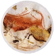 Lascaux Cow And Horse Round Beach Towel