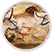 Lascaux Hall Of The Bulls - Deer Between Aurochs Round Beach Towel