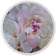 Le Bouquet Round Beach Towel