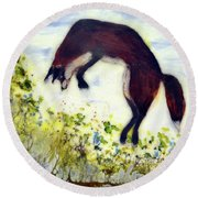 Leaping Fox 1 Round Beach Towel