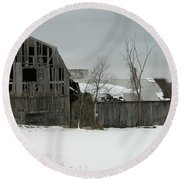 Letchworth Barn 0077b Round Beach Towel