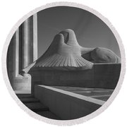 Liberty Memorial Kansas City Missouri Round Beach Towel