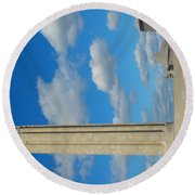 Liberty Memorial On A Perfect Day Round Beach Towel