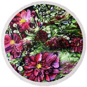 Life In A Bloom Field Round Beach Towel