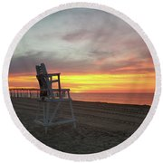 Lifeguard Stand On The Beach At Sunrise Round Beach Towel