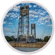 Lift Bridge Round Beach Towel