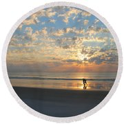 Light Run Round Beach Towel