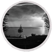 Lightning On Lake Michigan At Night In Bw Round Beach Towel