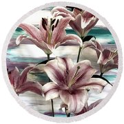 Lilies That Soothe Me Round Beach Towel