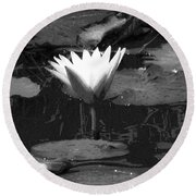Lily Of The Lake Round Beach Towel