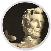 Lincoln At Sunrise Round Beach Towel