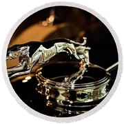 Lincoln Greyhound Hood Ornament Round Beach Towel
