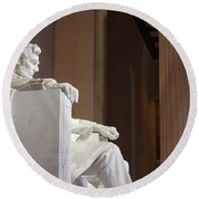 Lincoln Side View Round Beach Towel