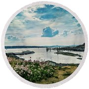 Lindoya Round Beach Towel