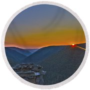 Lindy Point Sunset Round Beach Towel