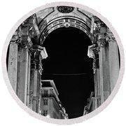 Lisbon - Portugal - Triumphal Arch - Rua Augusta Round Beach Towel