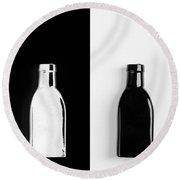 Little Black  Bottle Round Beach Towel