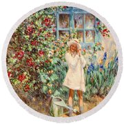Little Girl With Roses  Round Beach Towel