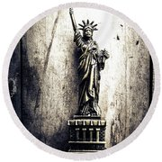 Little Lady Of Vintage Usa Round Beach Towel