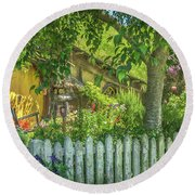 Little Picket Fence Round Beach Towel