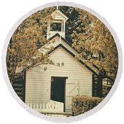 Little White Church Round Beach Towel
