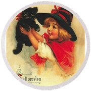Little Witch Girl With Black Cat Round Beach Towel