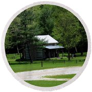 Log Cabin In Loudonville Round Beach Towel