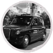 London Taxi Round Beach Towel