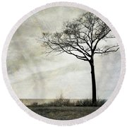 Lone Tree By The Lake Round Beach Towel