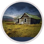 Lonely House Round Beach Towel