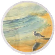 Long Beach Bird Round Beach Towel