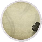 Longing Round Beach Towel