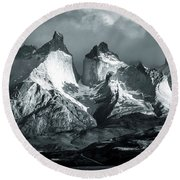 Los Cuernos In Black And White Round Beach Towel by Andrew Matwijec