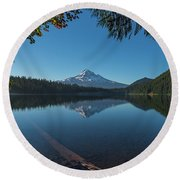 Lost Lake Reflections Of Mount Hood Round Beach Towel
