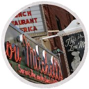 Lou Mitchells Restaurant And Bakery Chicago Round Beach Towel