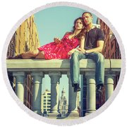 Love In Big City Round Beach Towel
