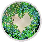 Love Leaves Round Beach Towel