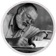 Love Of Writing - Ernest Hemingway Round Beach Towel