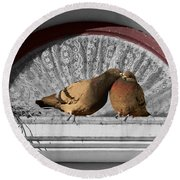 Lovebirds Round Beach Towel