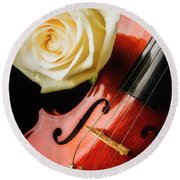 Lovely White Rose And Violin Round Beach Towel