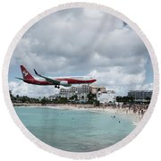 Low Landing At Sonesta Maho Beach Round Beach Towel