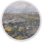 Low Tide Round Beach Towel