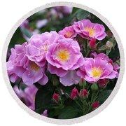 Lucky Floribunda Roses Round Beach Towel