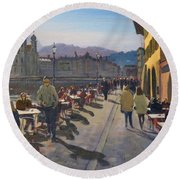 Lunchtime In Luzern Round Beach Towel