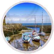 Lynmouth Harbor In Devon, Uk Round Beach Towel