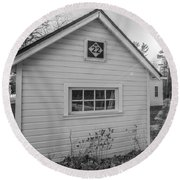 M22 Shed Round Beach Towel