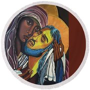 Madonna Of The Streets Round Beach Towel